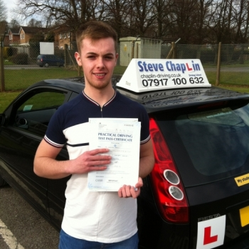 Lewis Varley from Ilkeston PASSED on 07/03/2015 at Watnall Driving Test Centre